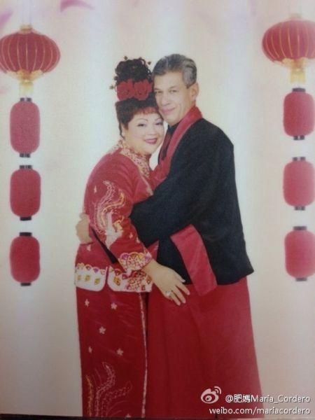 肥妈与老公婚纱照