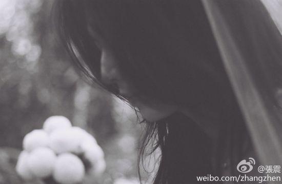 张震微博宣布喜信,分享爱妻唯美婚照