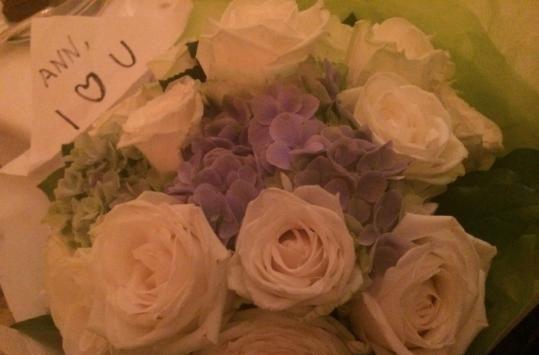 安以轩收到玫瑰花