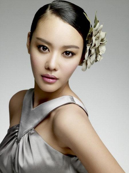 韩娱每周一星:金雅中智慧型演员学院派才女