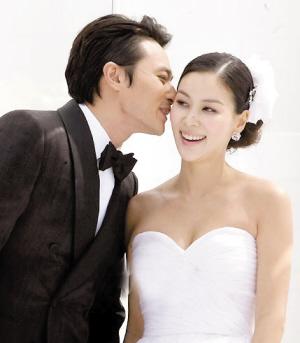 张东健高小英昨日完婚高小英已有身孕(图)