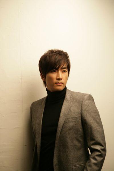Song Seung Heon Bir Oyun Firmas�n�n Yeni Y�z� M� Olacak?  /// 09 Haziran 2013