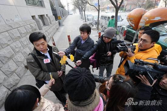 臧天朔律师认为量刑过重记者称臧表情平静(图)