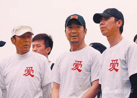 """张国立发起""""送水""""倡议捐助第一站云南"""