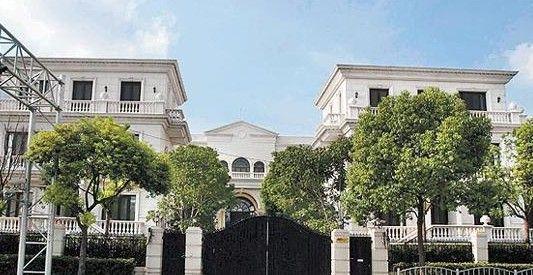 李连杰上海亿万豪宅外观 (资料图片)