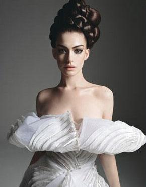 图文:海瑟薇《W》杂志写真--白雪公主