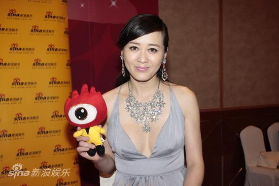 图文:华谊明星汇独家专访--李琳气质高贵