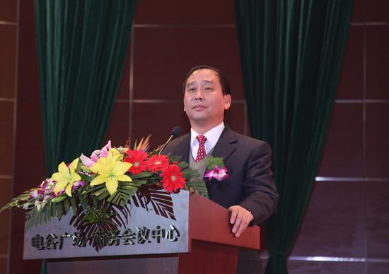 图文:巨力上市庆典--证监会河北监管局长郭润伟
