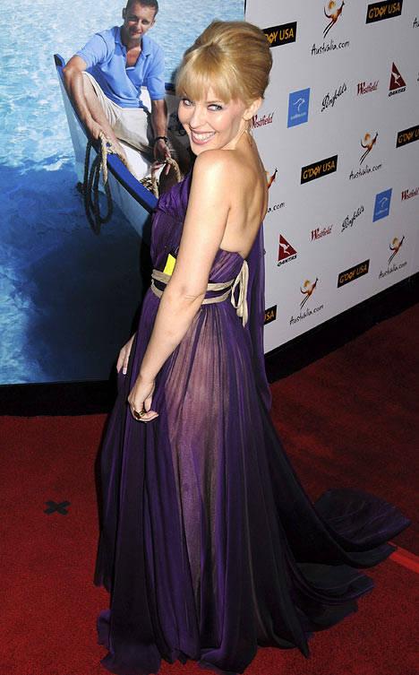 澳洲天后凯莉-米洛获时装界奥斯卡年度女性(图)