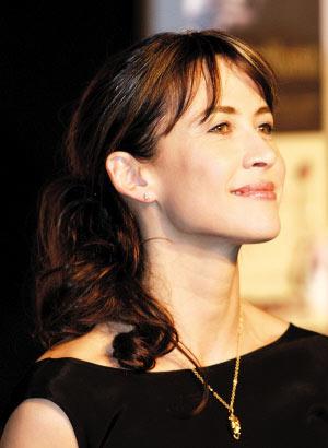 苏菲-玛索亮相记者会宣传东京法国电影节(图)