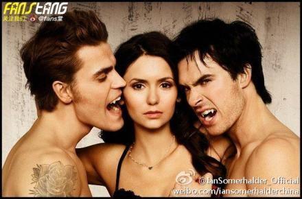 《吸血鬼日记》三主角性感半裸出镜