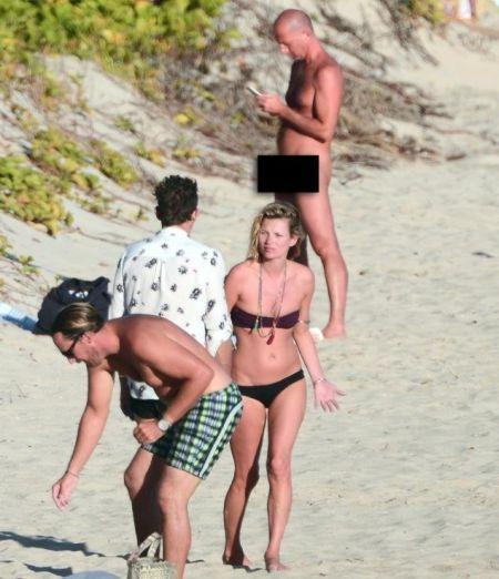 超模凯特莫斯海边度假遭裸男无视
