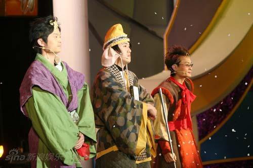 资料图片:《金牌魔术团》第一期节目现场(8)