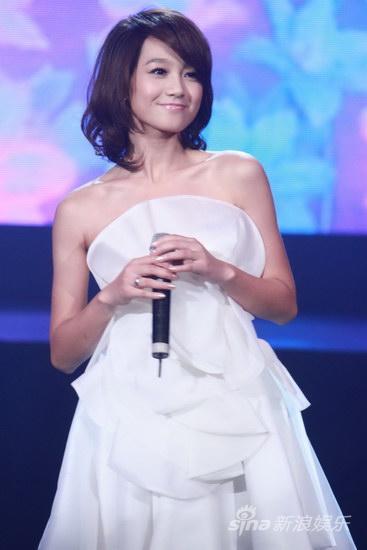 《我和春天有个约会》浙江卫视朱丹新歌首唱