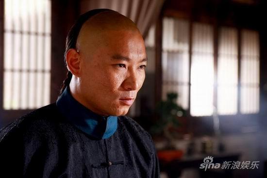 资料:《兄弟英雄》人物介绍--李润成饰贾亮