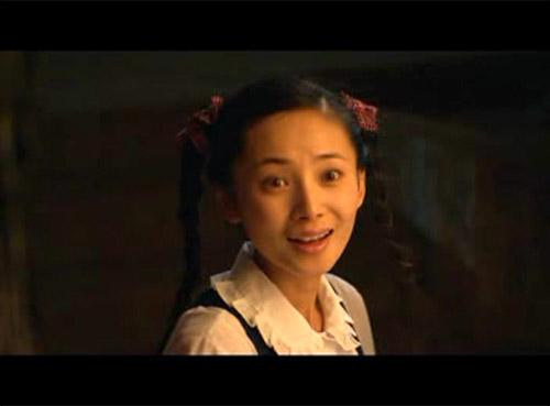 观众继续锁定《大校的女儿》徐筠昨晚清新亮相