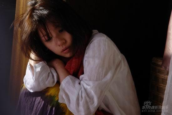 《悲伤时唱首歌》热播贾静雯为受灾同胞祈福