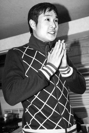 小沈阳出场费500涨到10万跪地叩谢赵本山(2)