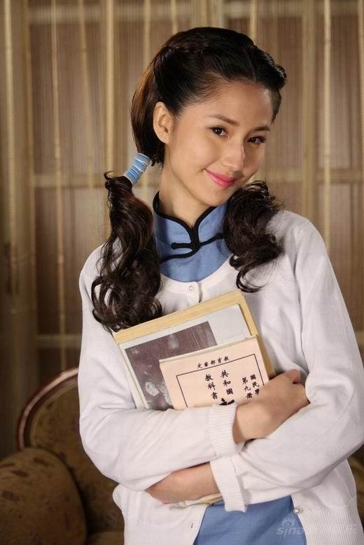 蓝燕《钻石豪门》造型堪比港姐貌似刘亦菲(图)