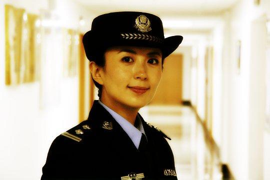 """杨童舒遗憾没有感情戏演绎警察不""""过瘾""""(图)"""