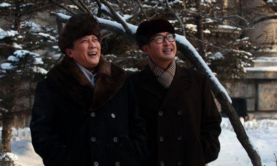 雪地中的唐国强