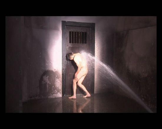 王学兵剧中裸戏镜头