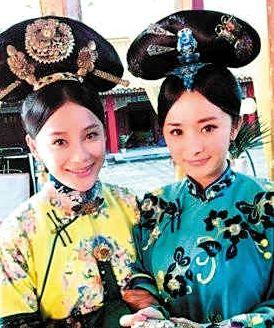 《宫2》袁珊珊(左)、杨幂是同班同学