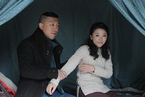 《火线三兄弟》收官 黄小蕾首演风尘女