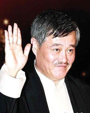 赵本山担任副导演兼语言类节目组艺术总监
