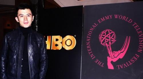 郭家铭受邀出席HBO国际艾美奖庆祝酒会(组图)