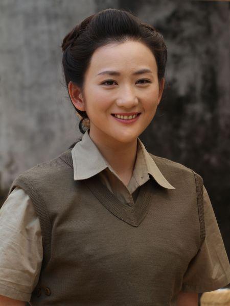 组图:《中国远征军》热播 李玥巾帼不让须眉