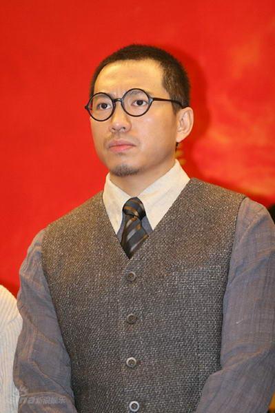 图文:电视剧《国歌》开机--主演谷智鑫