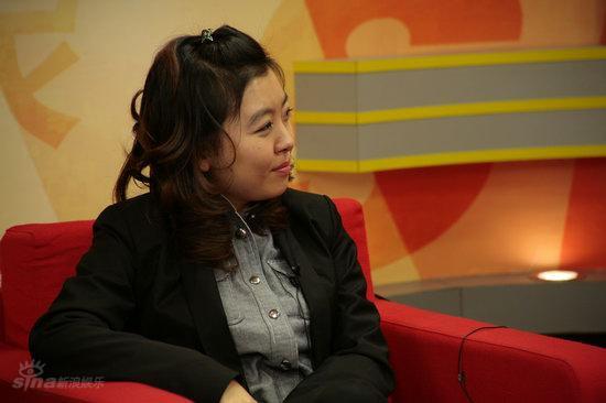 图文:《团长》主创做客--聊天主持人刘杨