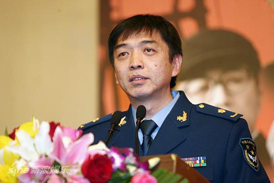 图文:《奠基者》发布会-编剧王功发言