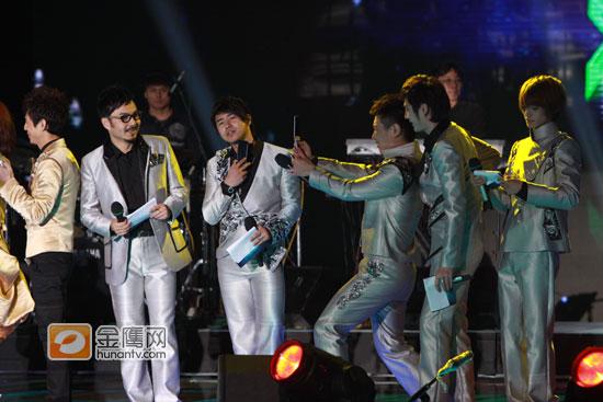 图文:湖南卫视跨年演唱会-天天兄弟