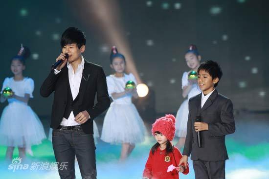图文:2010湖南春晚现场-张杰和徐杰