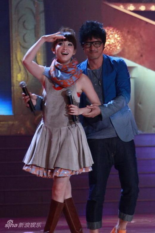 图文:2010舞林盛典--范文芳和李铭顺