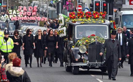 1997年戴安娜王妃的葬礼盛大而肃穆