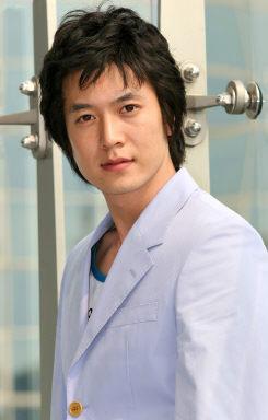 即将入伍的韩国男星--赵显宰(附图)