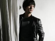 组图:安七炫4月入伍告别专辑写真扮优雅绅士