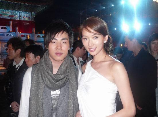 胡彦斌助阵奥运倒计时庆典见到梦中情人林志玲