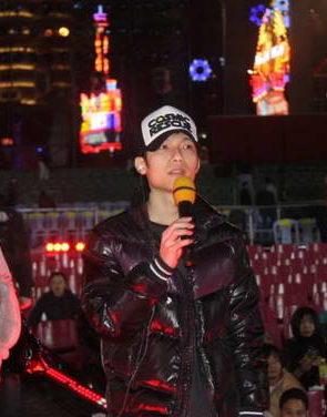 陈楚生意外缺席湖南卫视跨年演唱会(图)