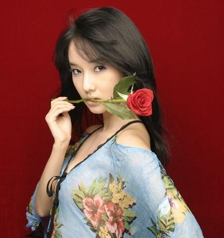 韩娱每周一星:李贞贤妖冶变身百变歌手(组图)