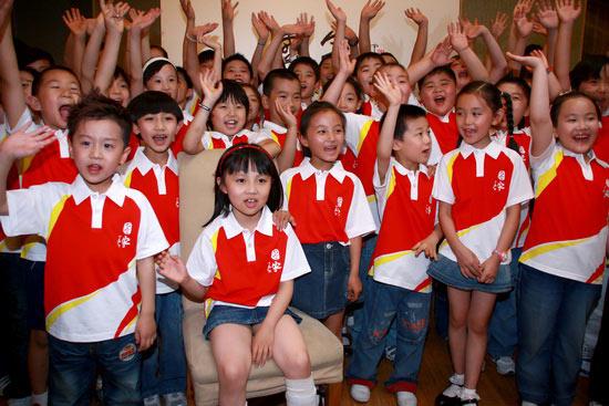 童谣版《国家》北京开唱60个小鬼累惨小柯(图)