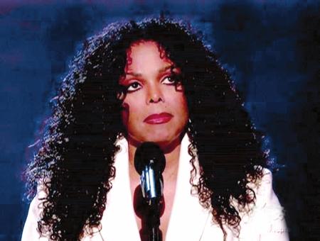 珍妮-杰克逊强忍泪水谢歌迷:感谢你们的爱