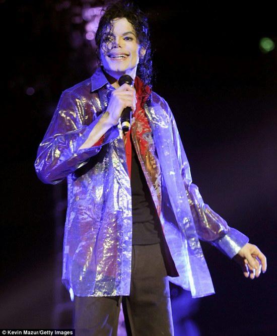 组图:杰克逊去世前两天音乐会彩排照片曝光