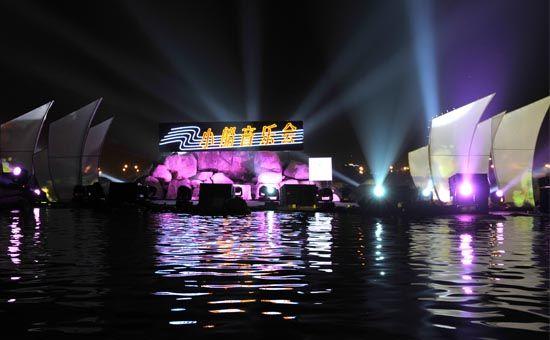 小船音乐会舞台