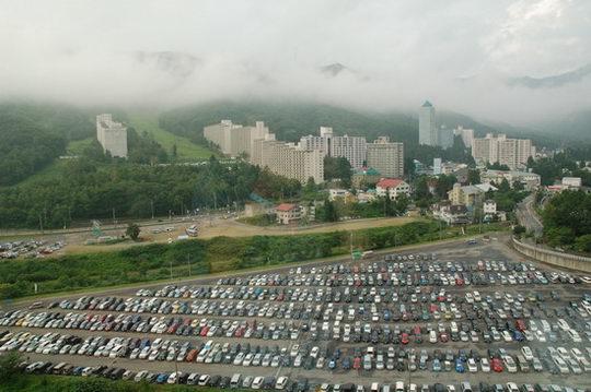 图文:富士音乐节之风景篇--停车场