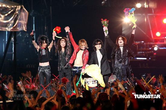 图文:X-Japan台北开唱--完美谢幕