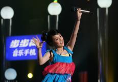 快女突围赛第五场结束美女唱将齐亮相(组图)
